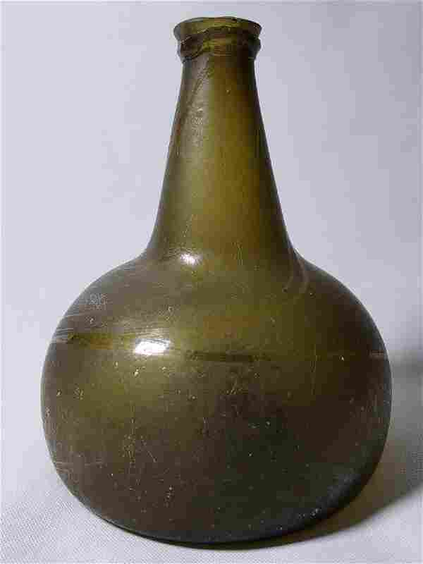 Fine Dutch Onion Olive Color Bottle 17th c Open Pontil