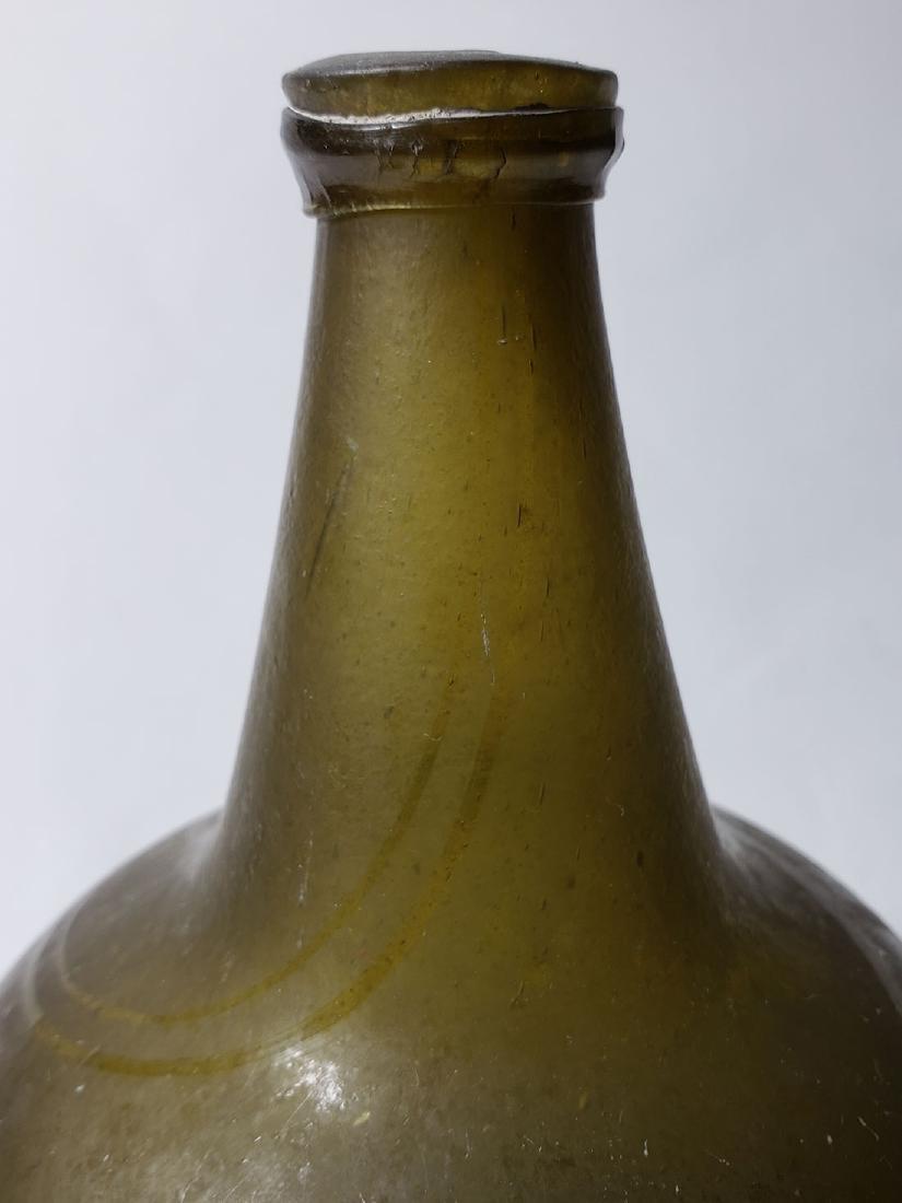 Fine Dutch Onion Olive Color Bottle 17th c Open Pontil - 6