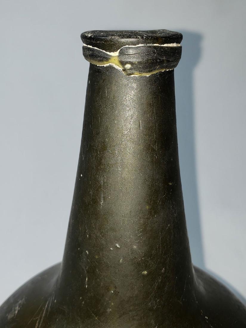 Fine Dutch Onion Olive Color Bottle 17th c Open Pontil - 2