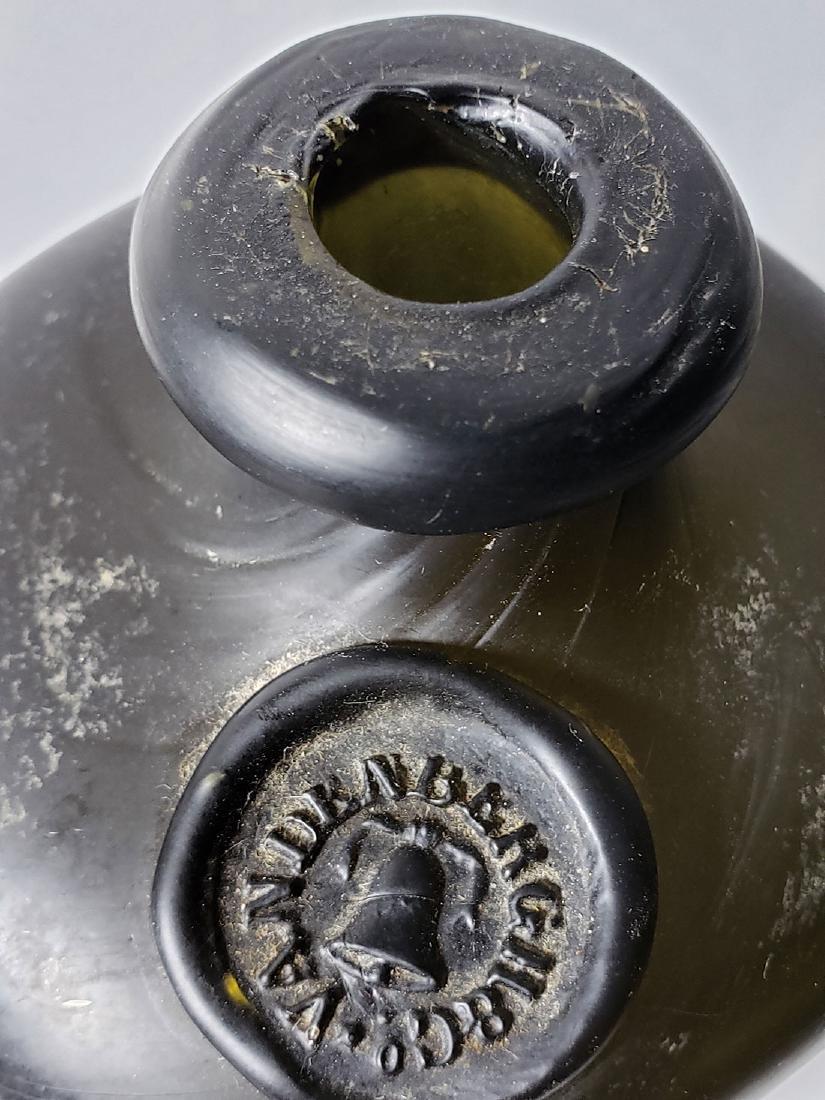 17-18 c Vandenberg Seal Olive Color Gin Bottle - 4