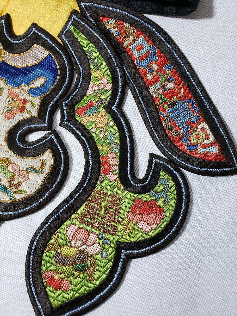 A Very Fine Antique Chinese Silk Badge Qing Period - 4