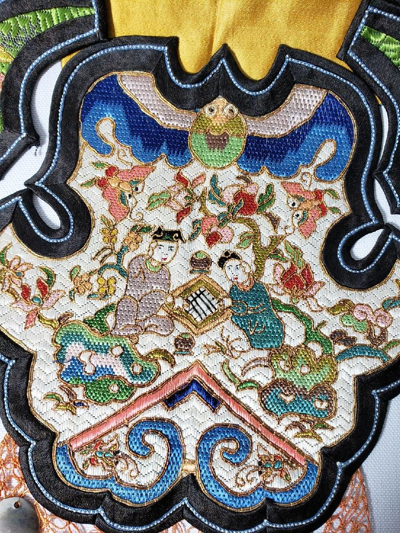 A Very Fine Antique Chinese Silk Badge Qing Period - 7