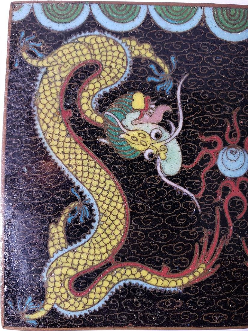 A fine vintage Chinese cloisonne box with dragons - 8