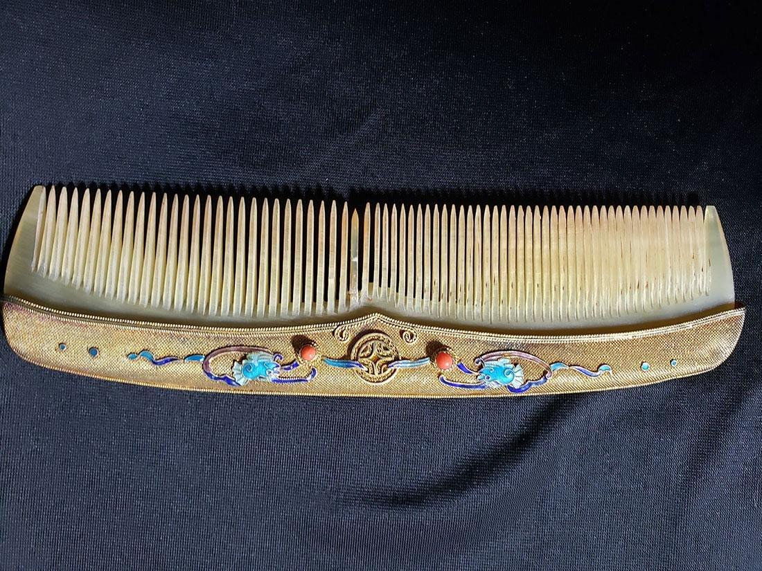 A very fine Chinese enamel sterling dresser set 1900-20 - 6