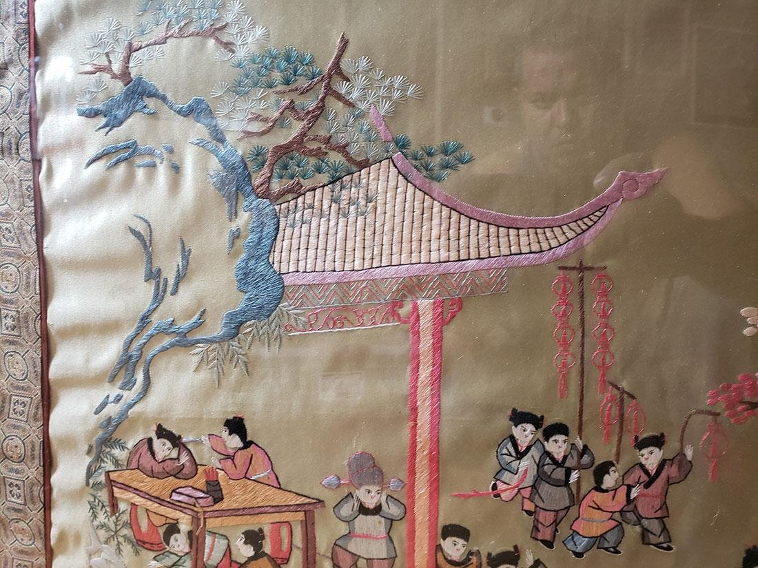 Large Chinese silk embroidery panels with children - 3
