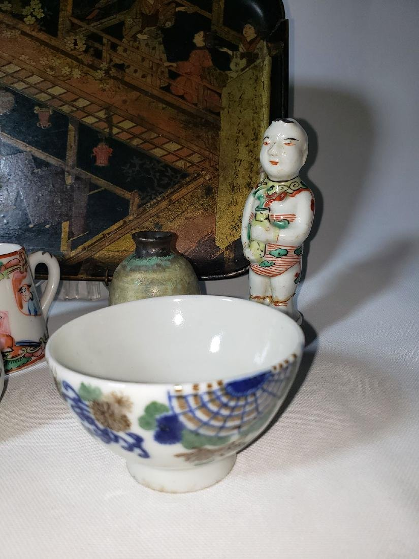 Lot of 10 Chinese / Japanese porcelain grouping - 5