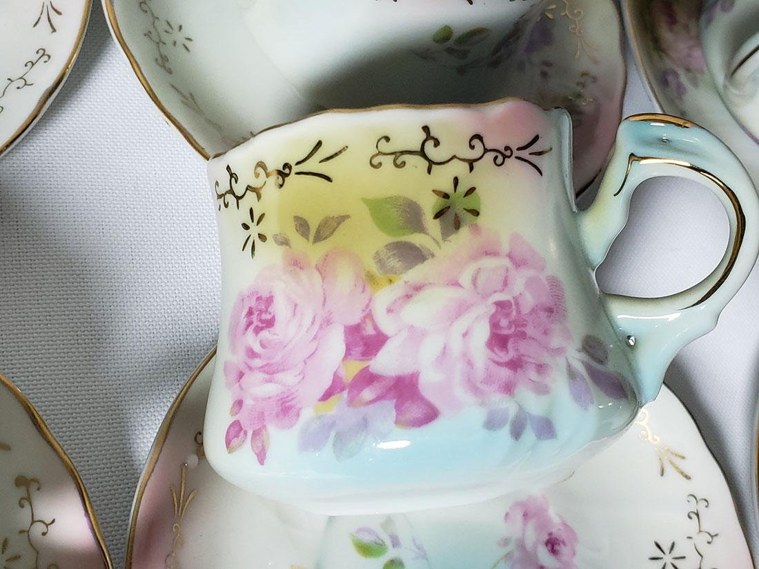 Finely painted Nippon Chocolate set - 10