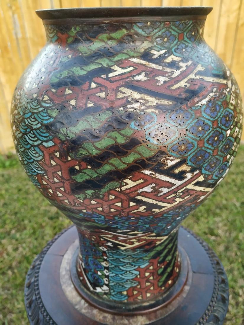 A fine antique enamel cloisonne vase with mark - 9