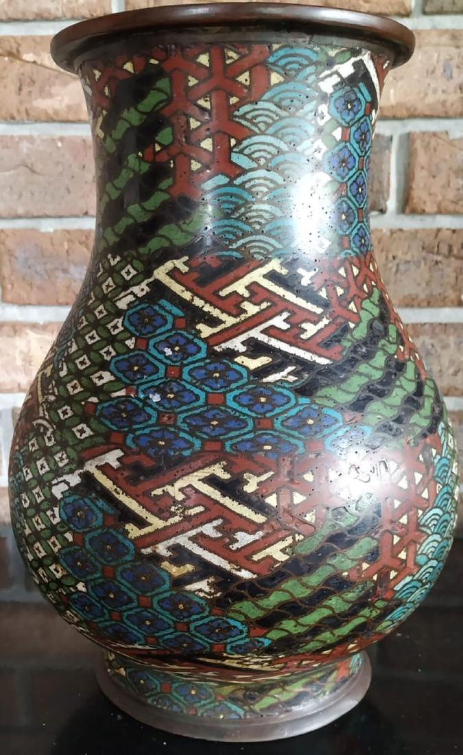 A fine antique enamel cloisonne vase with mark - 3
