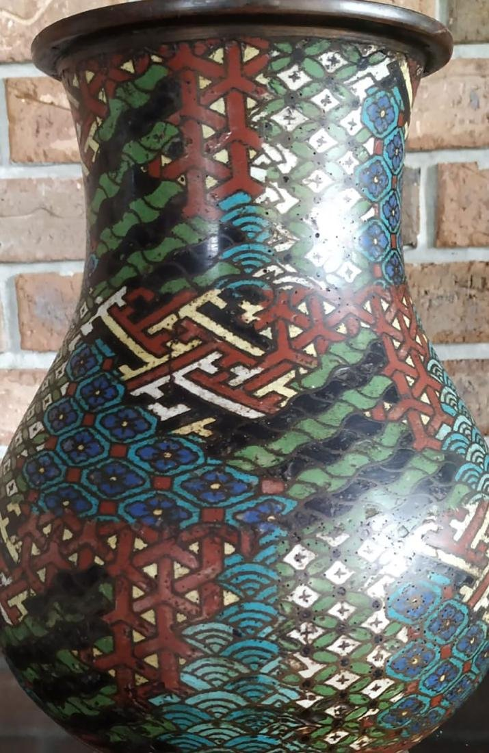 A fine antique enamel cloisonne vase with mark - 4