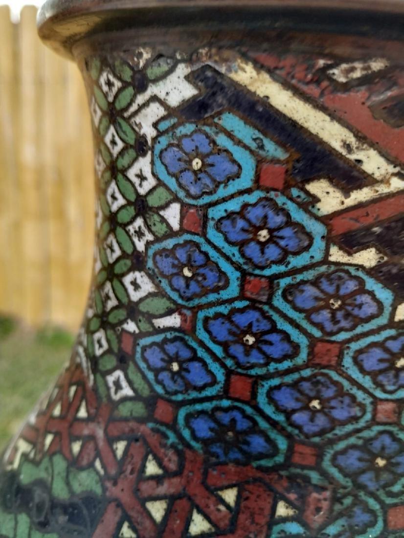 A fine antique enamel cloisonne vase with mark - 8