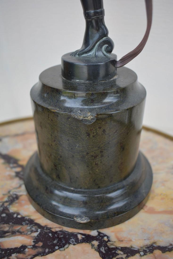 A Fine Art Deco Bronze Figural Lamp 1920 - 10