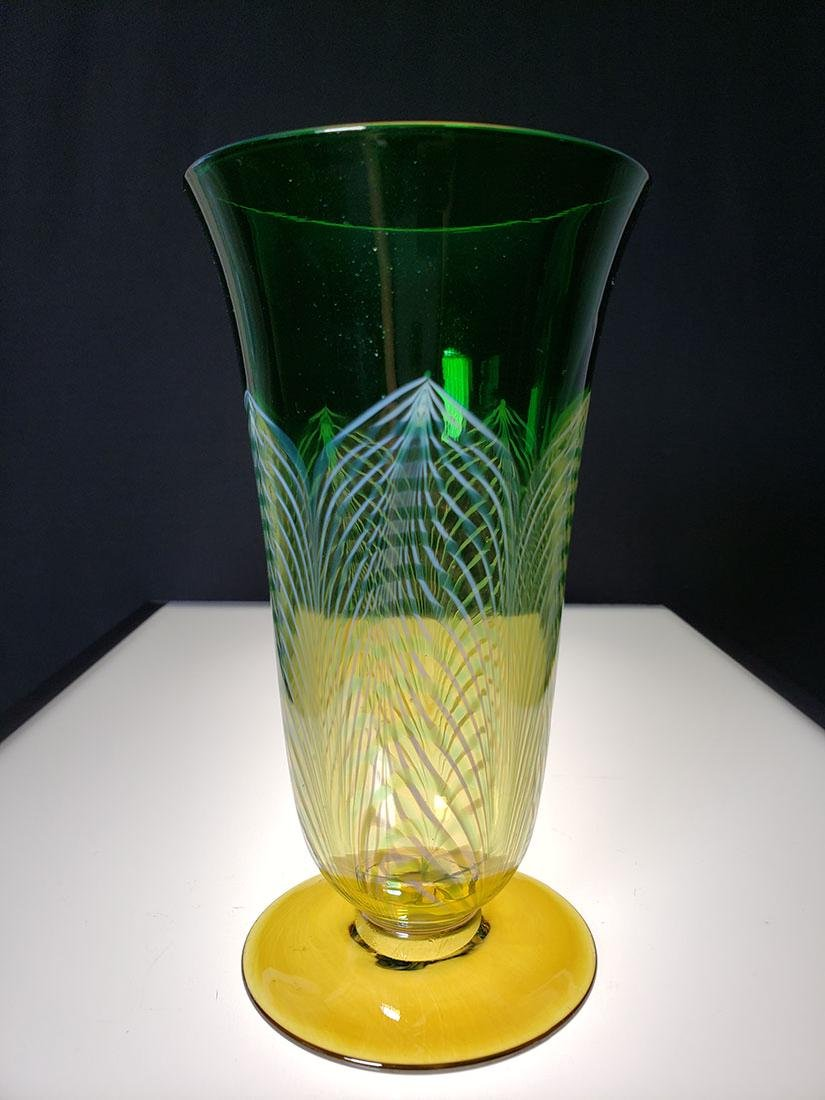 A fine Durand pulled feather parfait art glass - 2