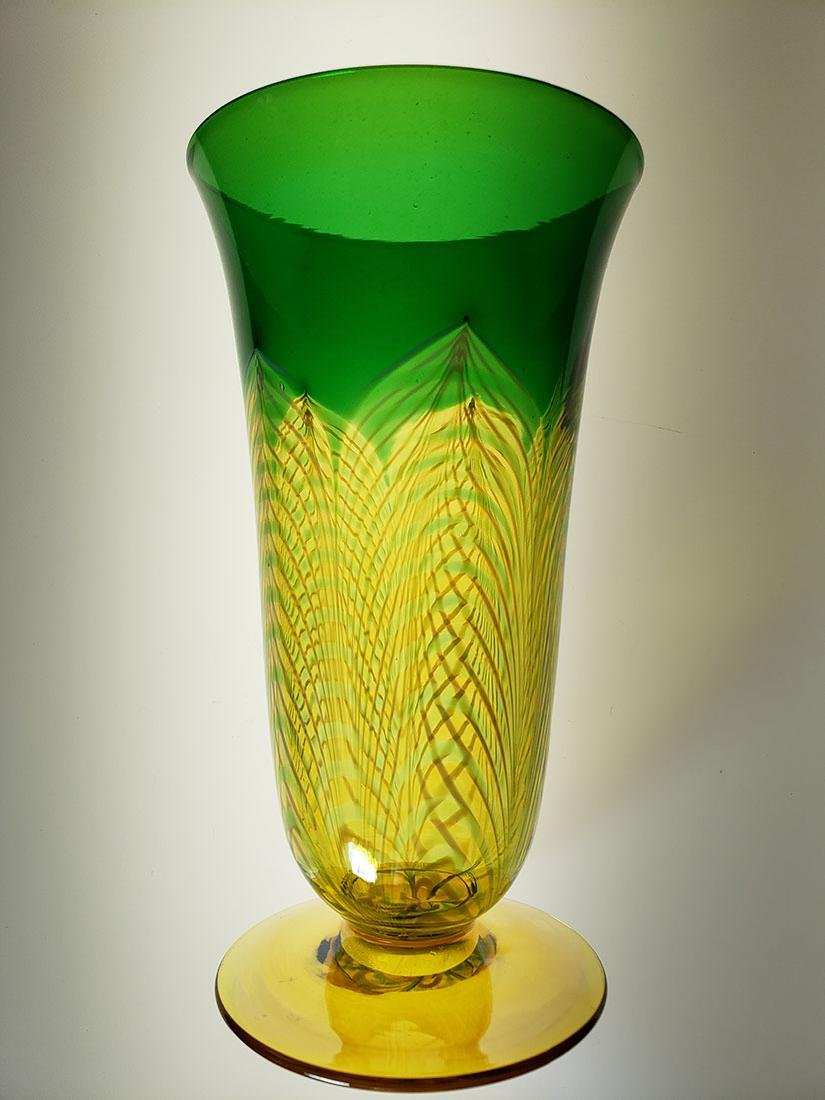 A fine Durand pulled feather parfait art glass - 3