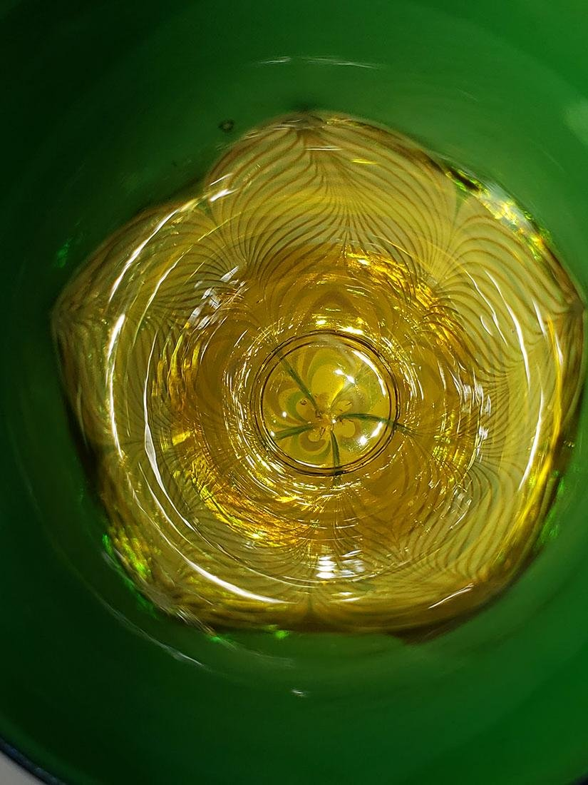 A fine Durand pulled feather parfait art glass - 6