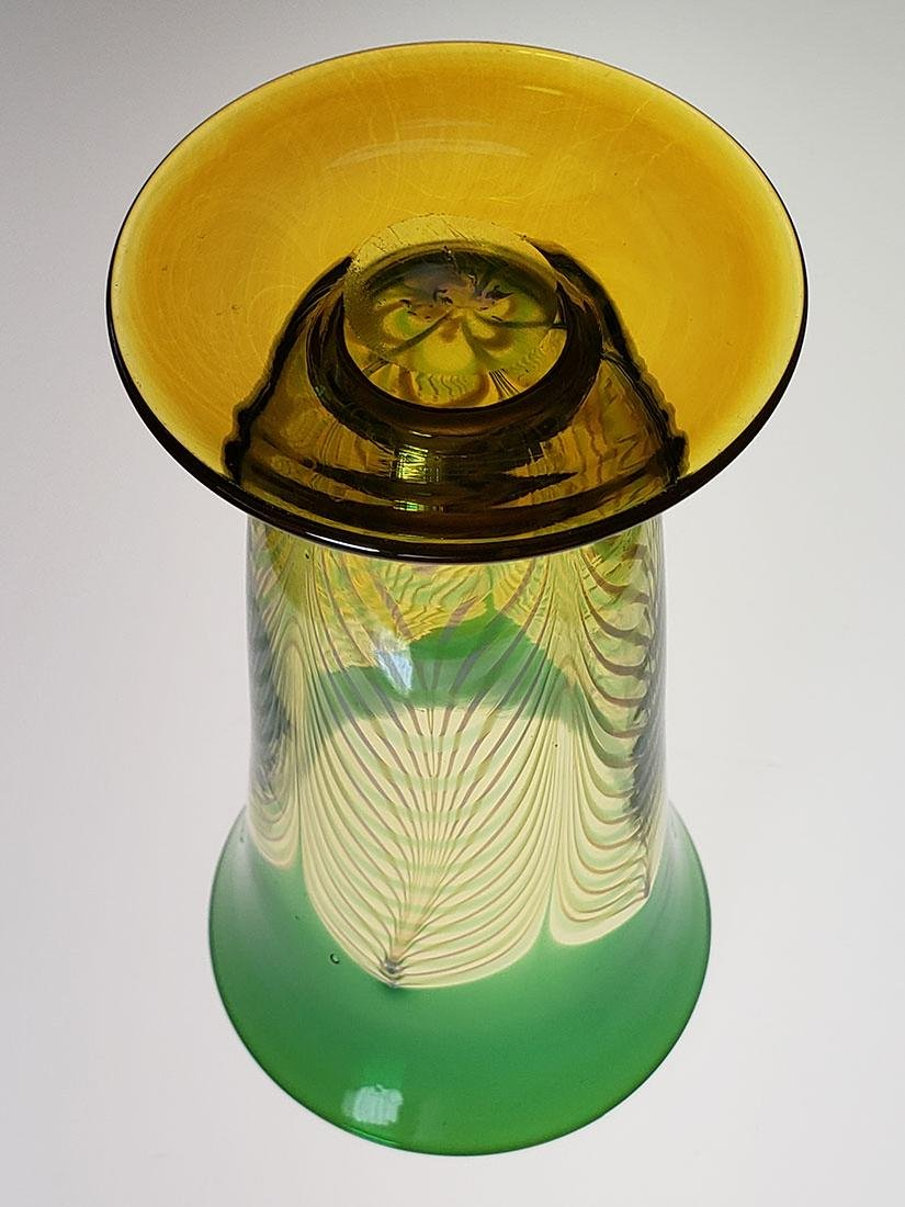 A fine Durand pulled feather parfait art glass - 8