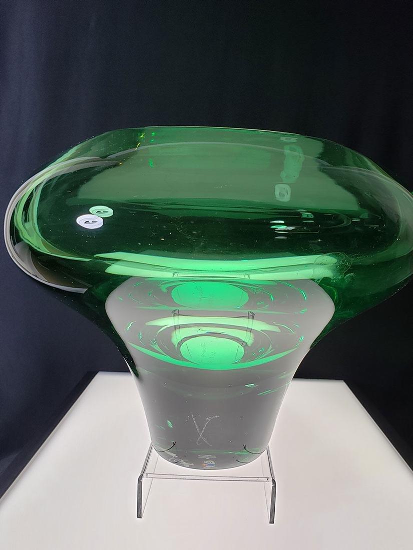 Silvano Signoretto signed Murano art glass vase