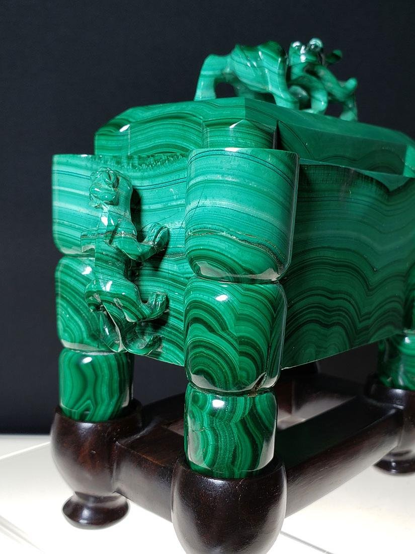 Finest Chinese koro / censer carved malachite on stand - 4