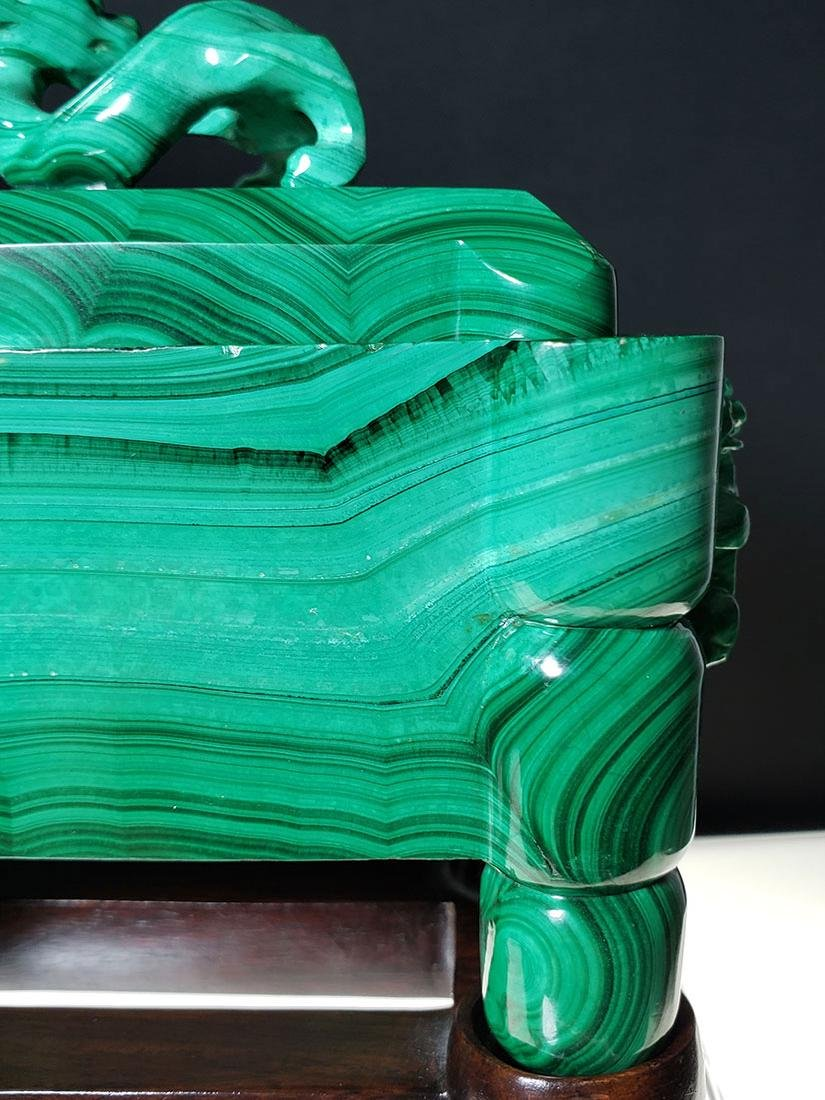 Finest Chinese koro / censer carved malachite on stand - 7
