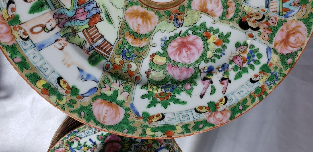 Lot of 121 pcs of Chinese famille rose dishes - 6