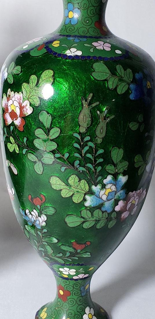A Pair of Japanese Cloisonne Vases 19 c - 5