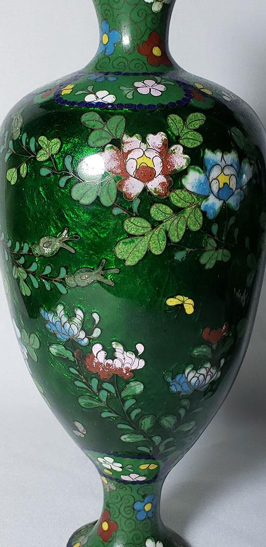 A Pair of Japanese Cloisonne Vases 19 c - 6
