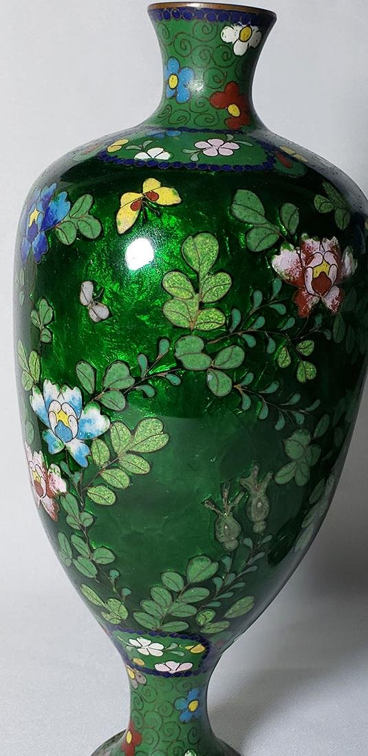 A Pair of Japanese Cloisonne Vases 19 c - 9