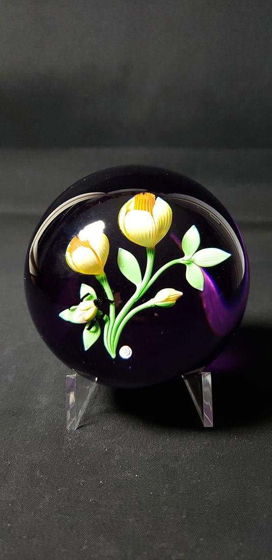 1983 Baccarat Art Glass Paperweight Signed