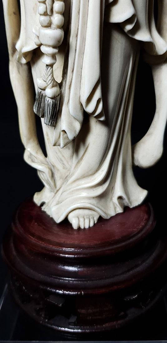 Lg Chinese Carved Kwan Yin Figure in Box 19 c - 6