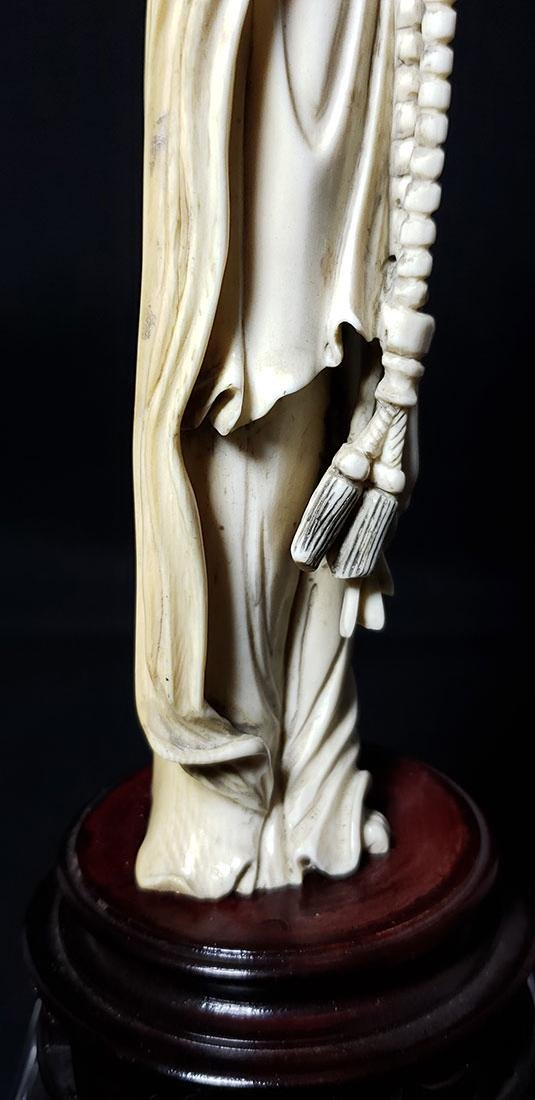 Lg Chinese Carved Kwan Yin Figure in Box 19 c - 8