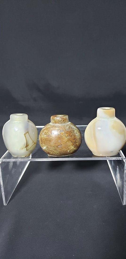 Lot 3 Chinese Snuff Bottles Agate