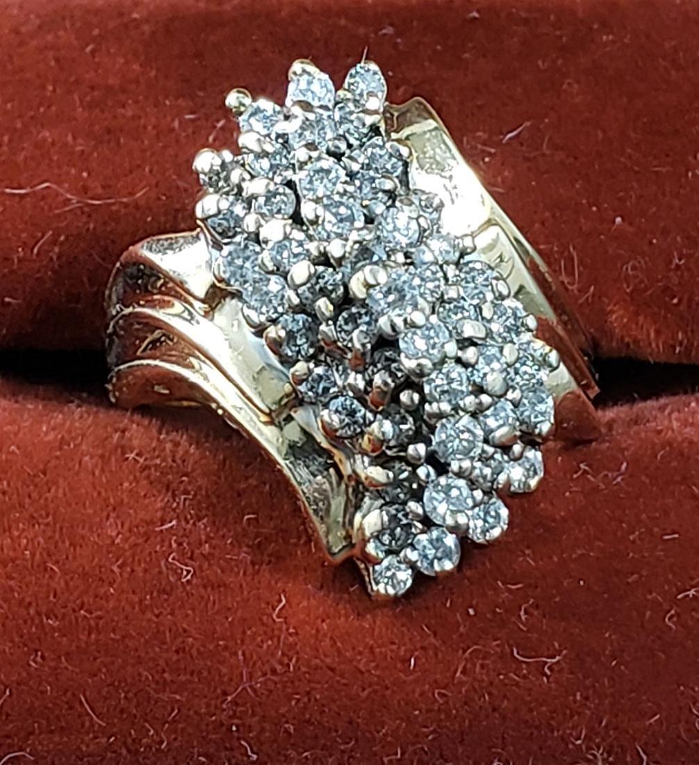 Vintage Ladies Diamond 14K Ring