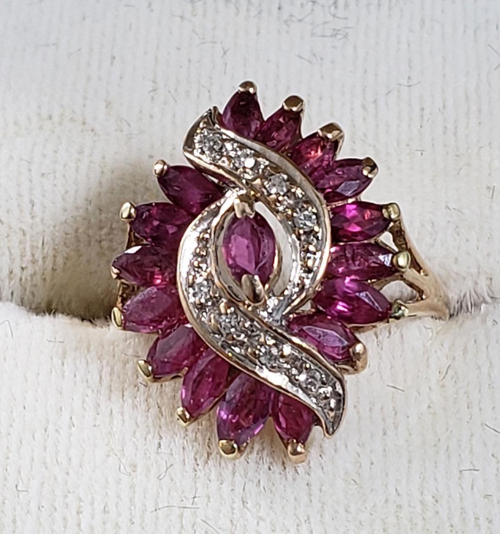 Vintage Ladies Diamond and Ruby Ring