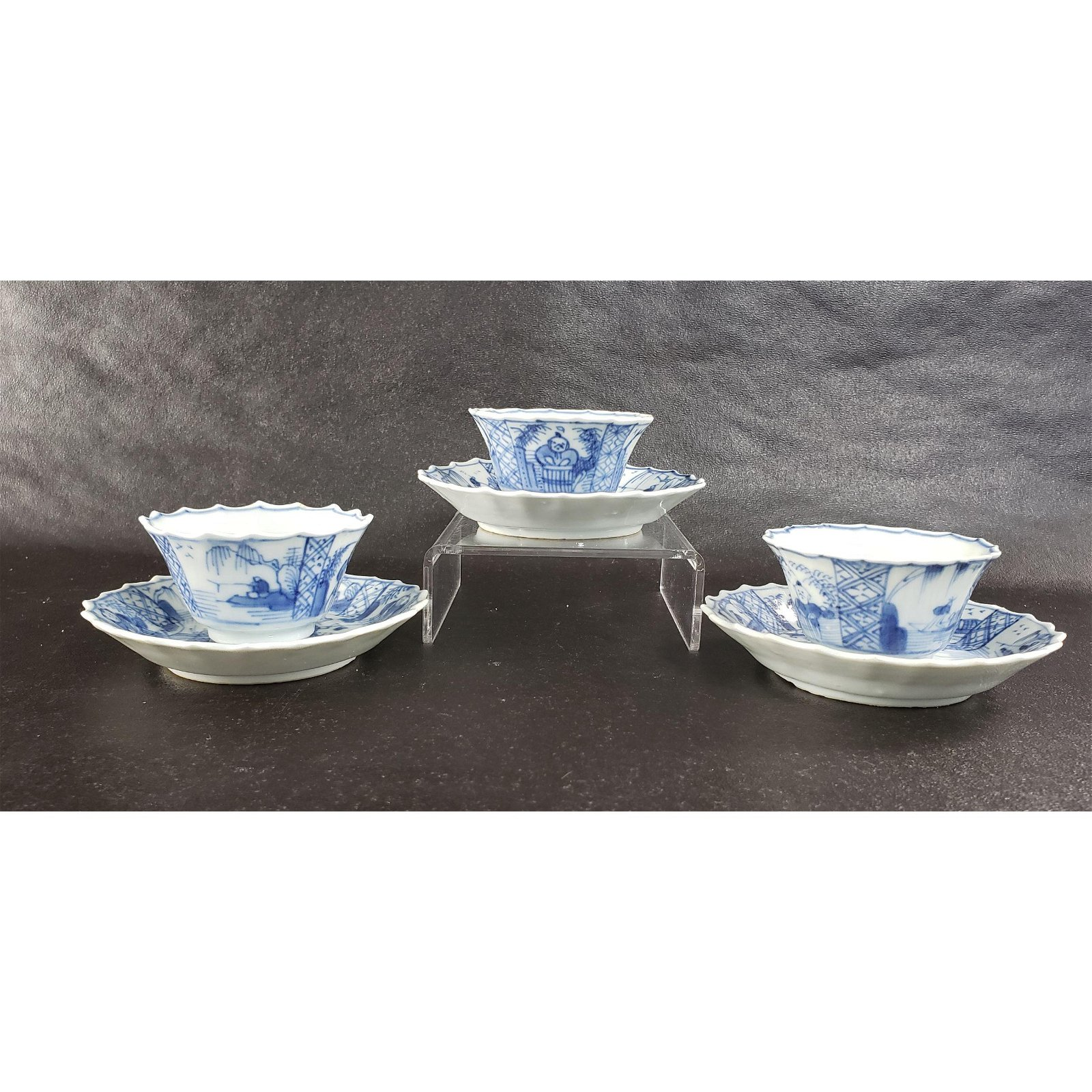 3 Chinese Porcelain Blue & White Cups / Saucers 17-18 c