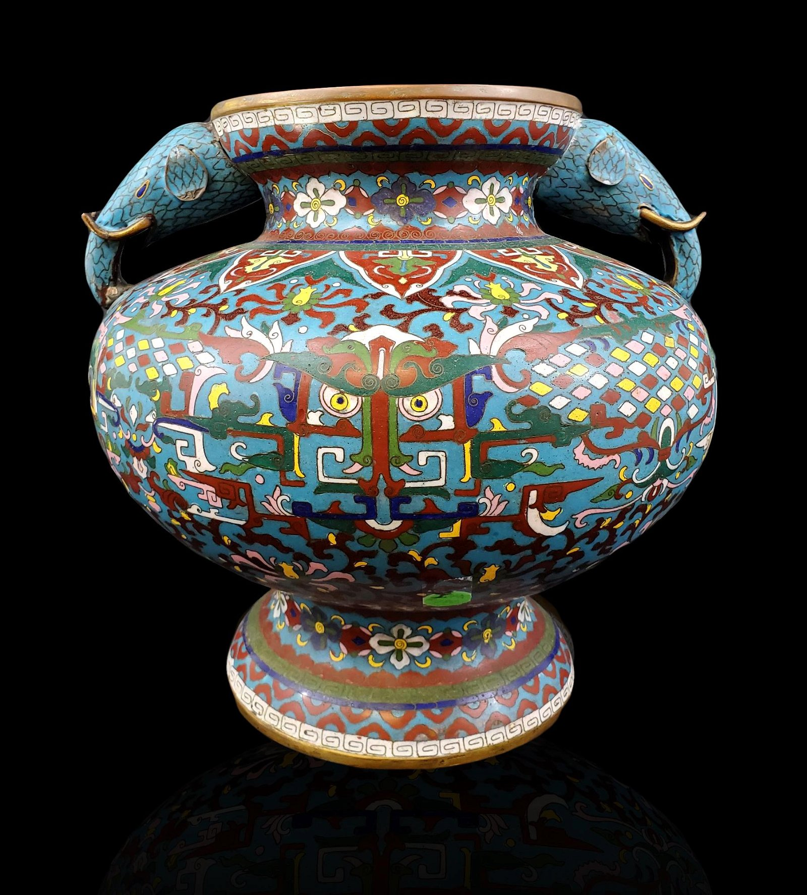 A Chinese cloisonne vase 19th Century