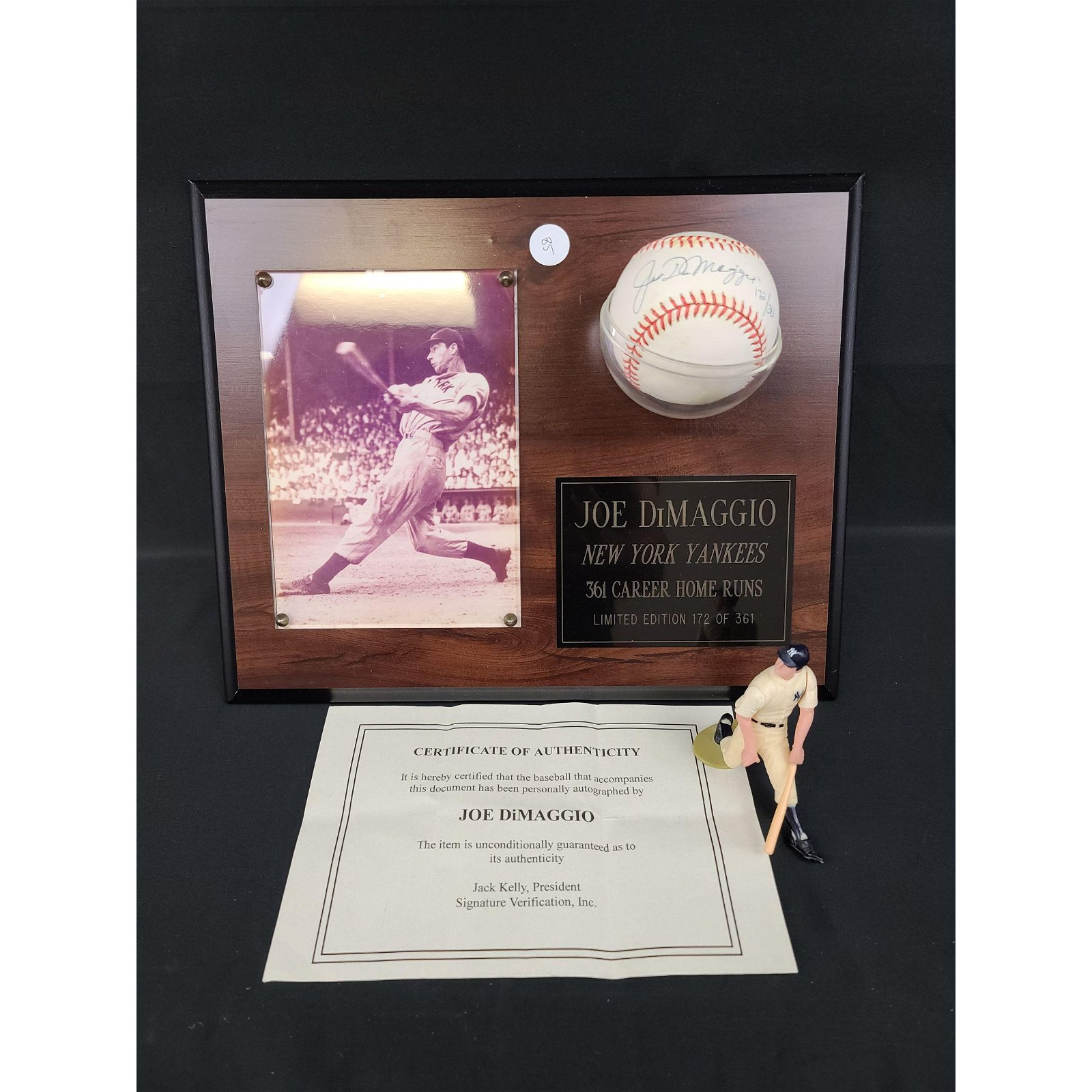 LIMITED EDITION Autographed JOE DIMAGGIO Baseball w/ Pl