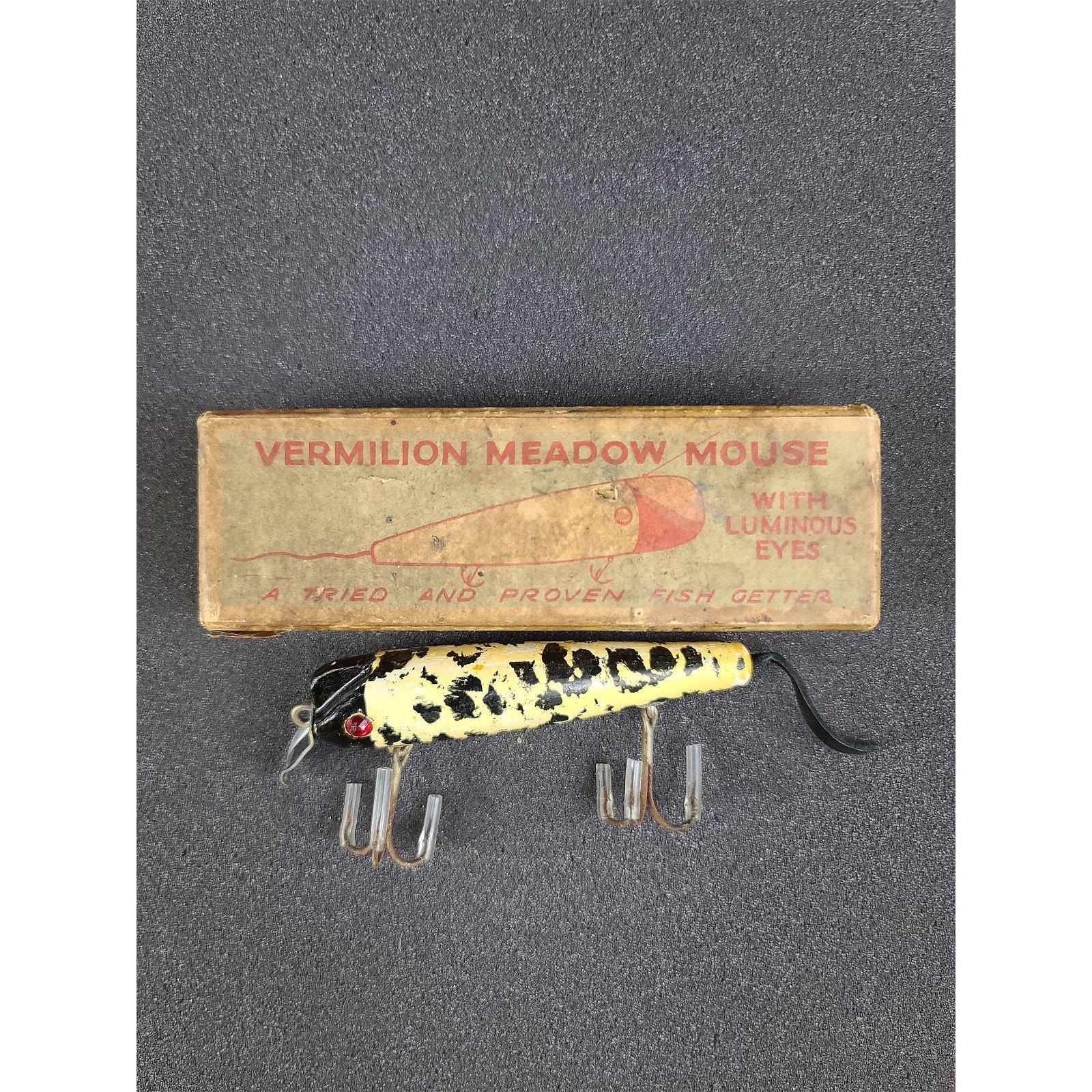 1 Vintage Fishing Lures Vermilion Meadow Mouse