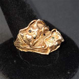 Chinese 14K Gold Ring 2 Dragons W/ Amethyst & Emeralds