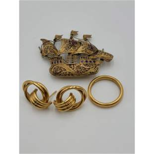 18k Gold Earrings And Ring Plus An Antique Gold Filled