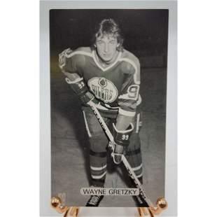 Wayne Gretzky Autograph McCarthy Post Card 1980