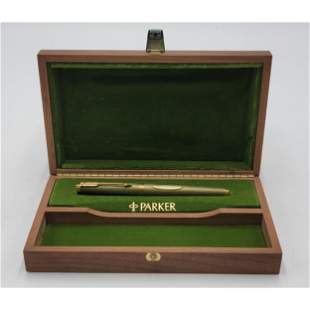 Limited Edition Parker Fountain Pen Queen Elizabeth