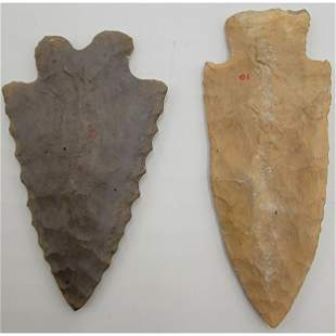2 Native American Arrowhead Point Unknown Age