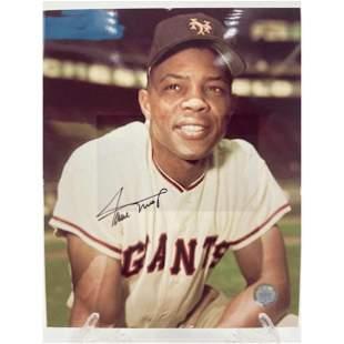 MLB Legend Willie Mays Autograph Photo W/ COA