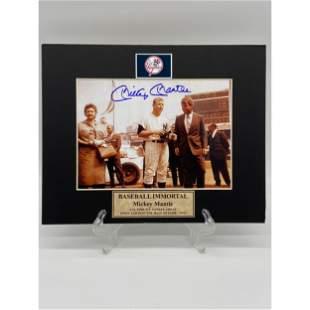 New York Yankees Mickey Mantle Autographed Photo w/ COA