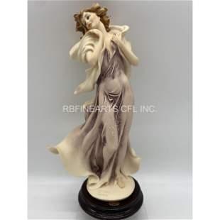 """Giuseppe Armani Figurine """"Winter Reverie"""" Figurine"""