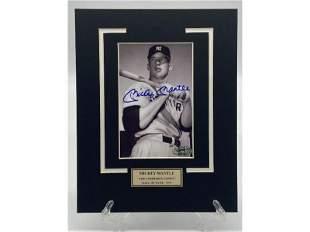 Mickey Mantle New York Yankees Signed Photo w/ COA