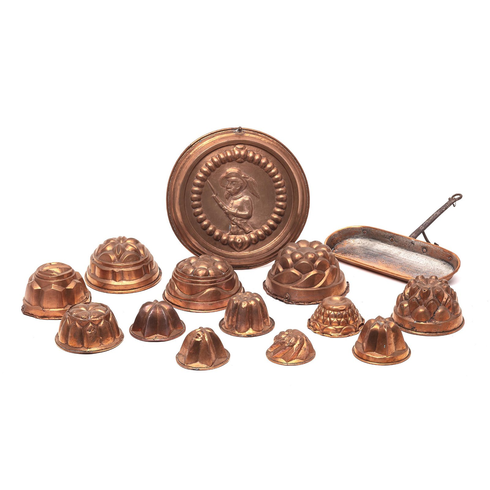 A collection of 14 18th century copper kitchen tools