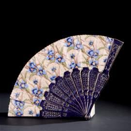 An Italian gilt and polychrome ceramic folding fan vase