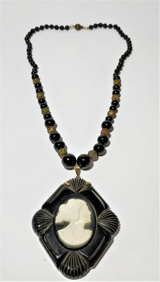 A ancient necklace and pendant - gold, Onyx, jet, bone - 2