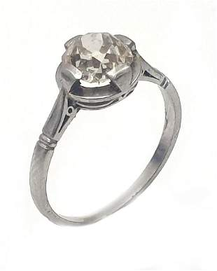 An Art Deco 18K White Gold and Diamond Ring
